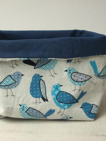 Grande corbeille, oiseaux bleus