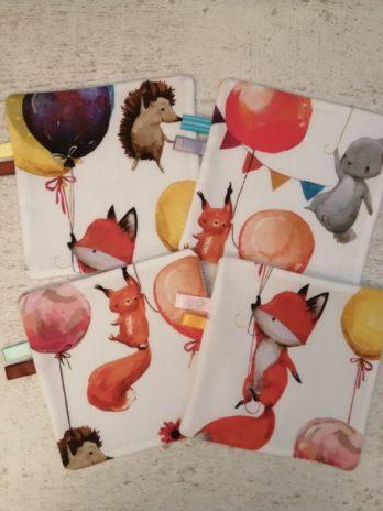 Lot de 4 lingettes collection «animaux et ballons»
