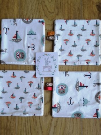Lot de 4 lingettes lavables, collection «Maman les p'tits bateaux» – microfibre